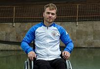 Житель Одинцовского района стал первым вмире параатлетом-колясочником, переплывшим Волгу
