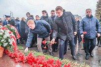 Андрей Иванов принял участие вцеремонии возложения цветов кМогиле Неизвестного Солдата вМоскве