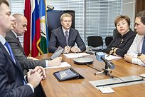 Андрей Иванов поручил провести совещание порегламенту работы скорой медицинской помощи