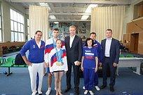 Андрей Иванов поздравил акробатов Кирилла Старцев иВикторию Аксенову спобедой наIIЕвропейских играх