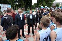 Роман Терюшков иАндрей Иванов открыли скейт-парк вЗвенигороде