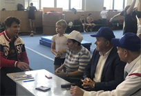 Одинцовские единороссы обсудили сруководством Старогородсковской школы спортивной акробатики возможность открытия ее филиала вБарвихе