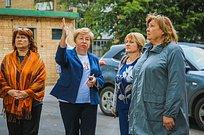 Партийцы взяли наконтроль ход восстановления уличной веранды детского садика №62вГолицыно