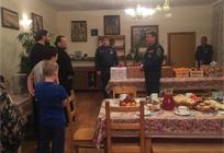 Детский приют Саввино-Сторожевского монастыря посетили сотрудники МЧС
