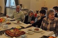 Праздничное чаепитие дляжителей блокадного Ленинграда организовали вЗвенигороде