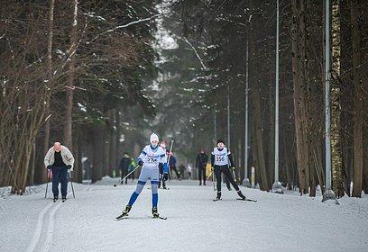 Чемпион мира полыжным гонкам Алексей Петухов назвал лыжную трассу впарке Ларисы Лазутиной— самой живописной врегионе