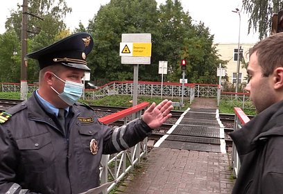 Профилактический рейд прошёл напешеходном переходе рядом сжелезнодорожной платформой «Перхушково»
