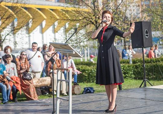 Салют в честь Дня Победы в Одинцово посетило рекордное число зрителей, Актриса театра и кино, заслуженная артистка России Екатерина ГУСЕВА