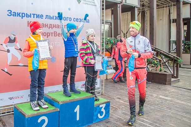 23марта, вОдинцовском парке культуры, спорта иотдыха завершился лыжный сезон. Весенняя эстафета «СпортВектор 2019» стала заключительной лыжной гонкой взимний период 2018-2019, Март