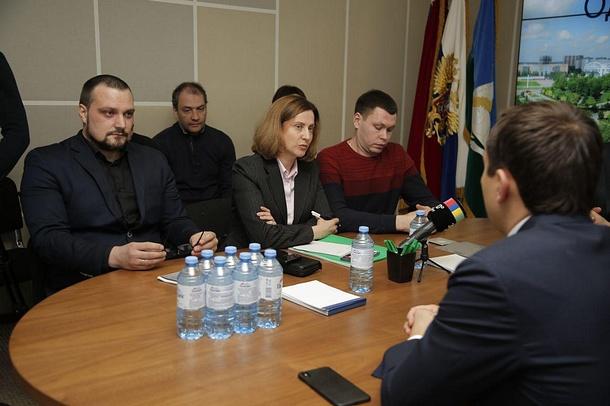 Глава Одинцовского района встретился синициативной группой микрорайона 5а, Апрель