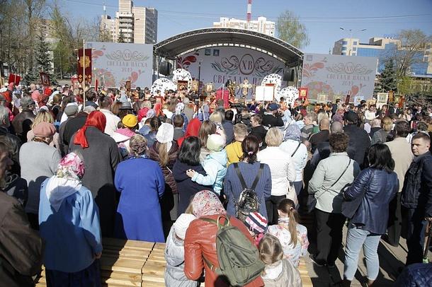 Более 2000 человек приняли участие в Крестном ходе в Одинцово, Апрель
