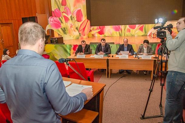 Врайонной администрации прошло очередное заседание межведомственной комиссии поработе сдолжниками, Март