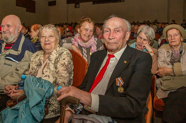 Чествование юбиляров, которым исполнилось 80,85и90лет, прошло вОдинцово, Октябрь