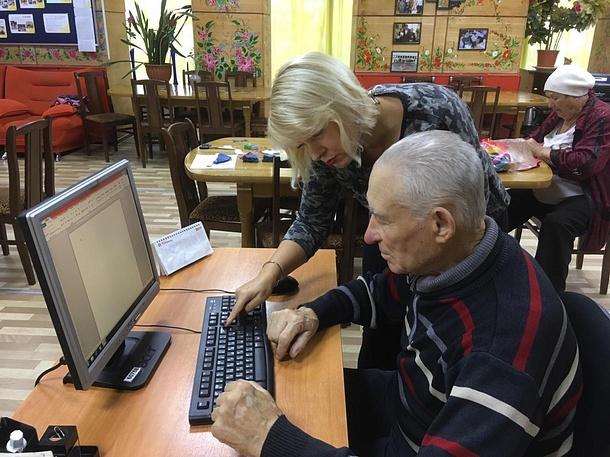 Участники проекта «Активное долголетие» побывали наэкскурсии вНовоиерусалимском монастыре, Октябрь