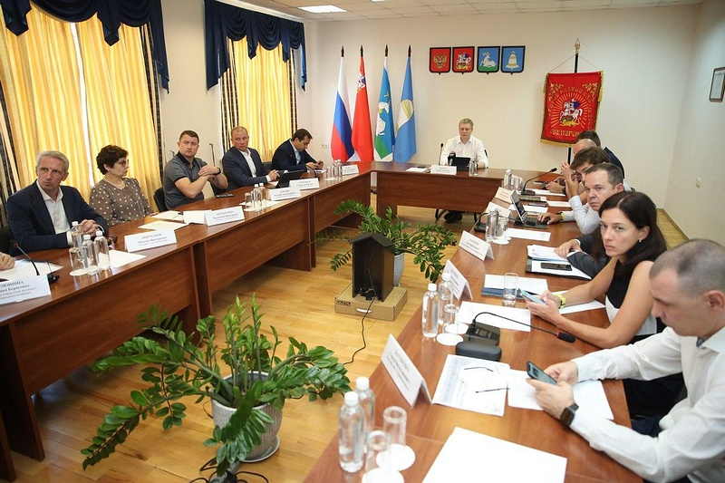 6августа, глава Одинцовского городского округа провел Андрей Иванов расширенное совещание вЗвенигороде, Август