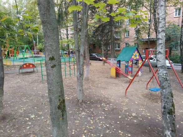 Опрос текст 3, Управление благоустройства Одинцовского городского округа просит жителей и гостей муниципалитета принять участие в опросе на тему демонтажа устаревших детских площадок