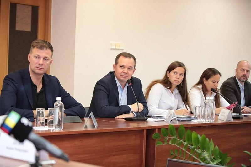 Активность жителей Звенигорода всоцсетях проанализировали наеженедельном совещании главы округа, Сентябрь