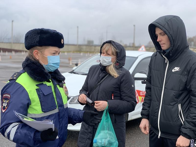 ГИБДД текст 2, Сотрудники Одинцовской Госавтоинспекции провели беседы скандидатами вводители