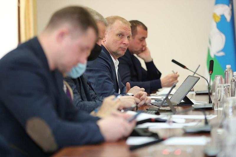 еженедельного совещания в рамках «Выездной Администрации» в Звенигороде, Февраль