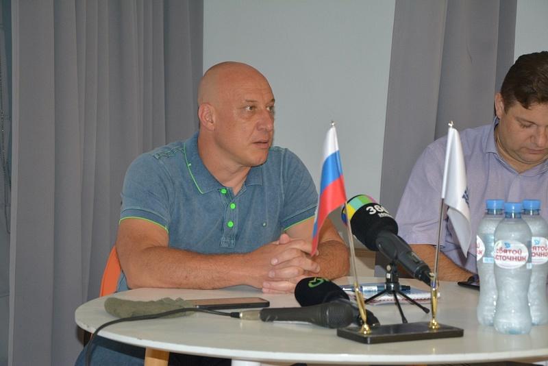 Денис Майданов провел встречу сработниками ЖКХ Одинцовского округа